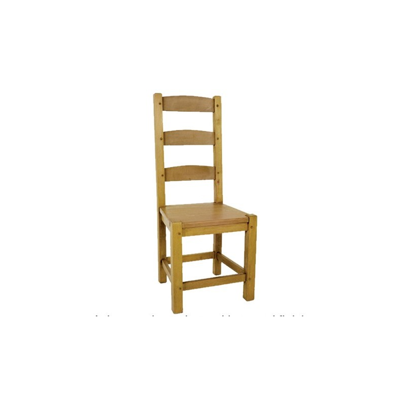 Shaker ladder back chair with wooden seat for Traditional wooden kitchen chairs