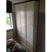 Traditional Triple Door Wardrobe