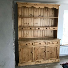 Dresser With Spice Drawers